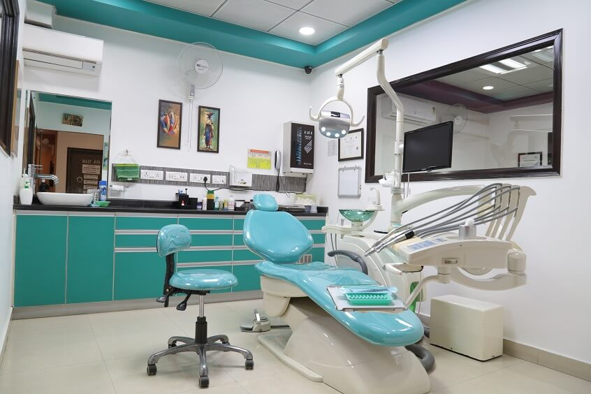 Nayar Dental Care Centre Best dentist in Noida
